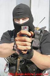 В продаже мощные газовые баллончики для самообороны.